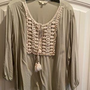 Woman's 3x blouse